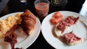 ontbijt van de valk goes, zal, spek en ei